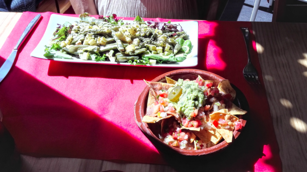 vegan and gluten free mexican food in valencia, spain